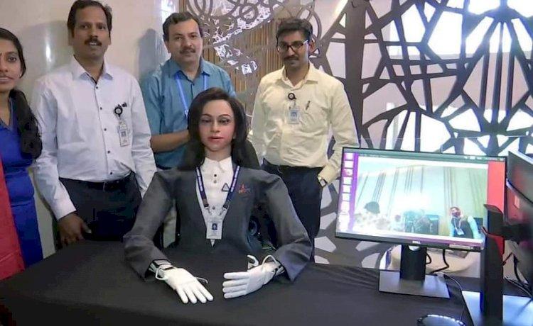 Meet  Vyom mitra -India's first robot 'astronaut'