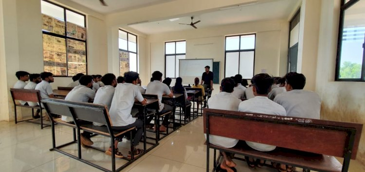 Workshop on Automation for Mechanical Students at M.DIT Polytechnic College